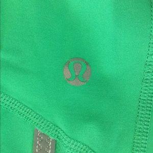 Lululemon green crop pants Sz XS/2